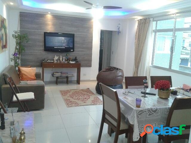Apartamento 2 dormitórios de frente reformado Pompéia