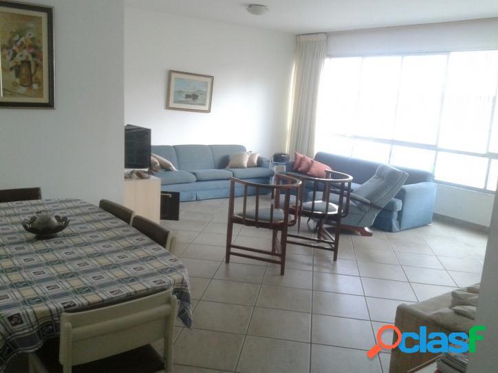 Apartamento Amplo 3 dormitórios Itarare vista para o mar!
