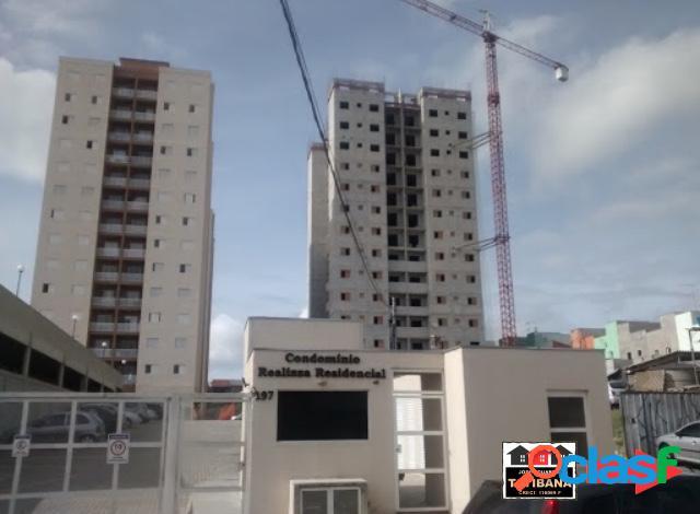 Apartamento com 2 dormitórios à venda, 45 m² por R$