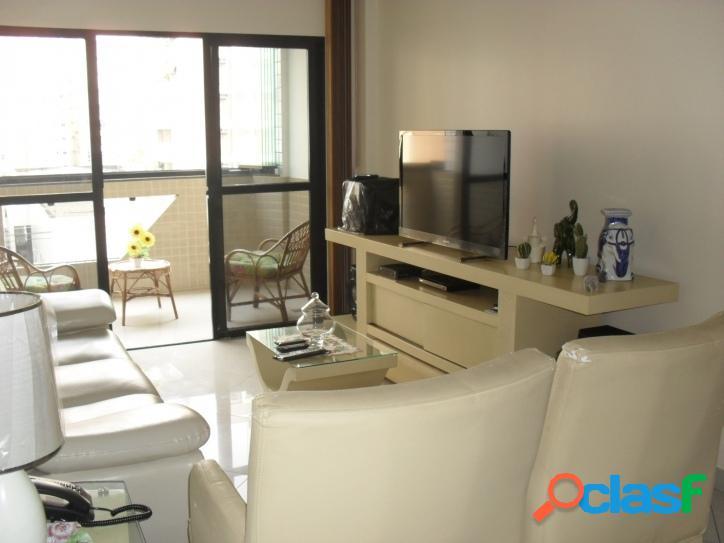 Apartamento de 2 dormitórios com dependência Centro SV!
