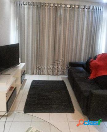 Apartamento em Santos com 2 dormitórios e dependência.