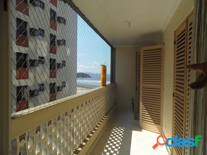 Apartamento em frente a praia 02 dormitórios com