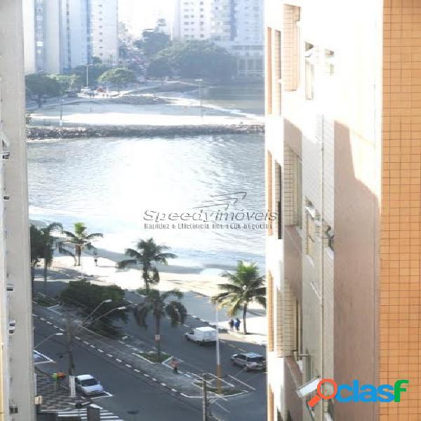 Apartamentos em São Vicente com 1 dormitório.