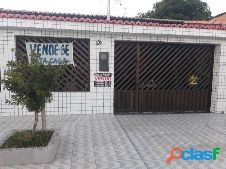 CASA 3 dormitórios sendo 1 suíte em Barra de Coqueiros SE