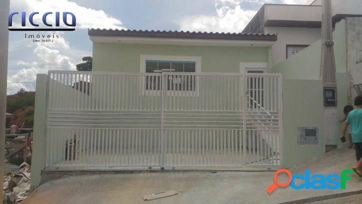 Casa 3 dormitórios, sendo 1 suíte Santa Julia