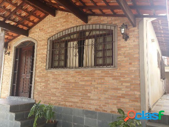 Casa assobradada no Jardim Satélite 300 m² Terreno