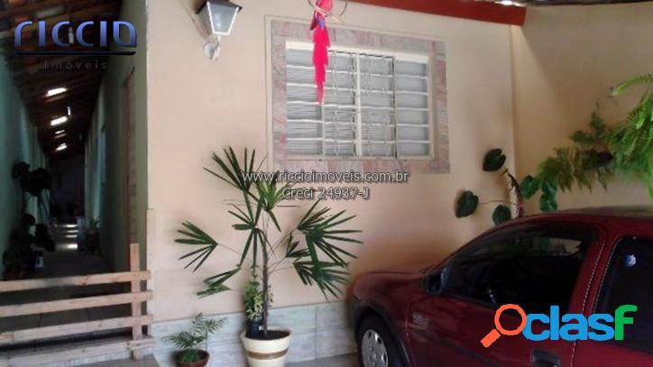 Casa em Taubaté no Residencial Parque Arco íris 100 m²