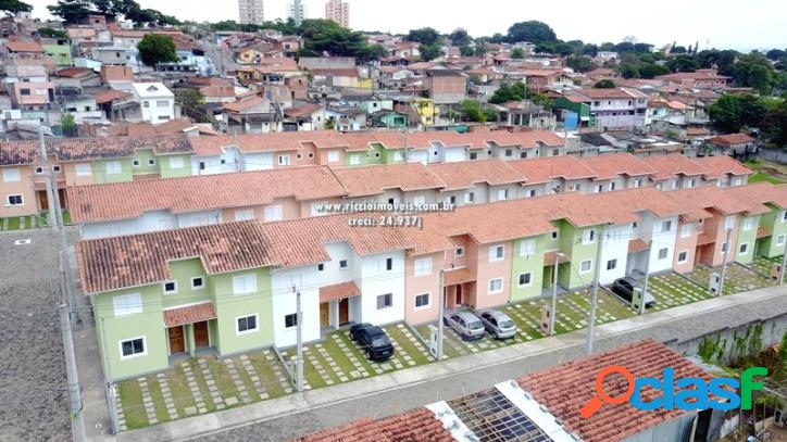 Casa em condomínio fechado, 3 dormitórios no Jardim
