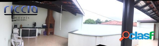 Casa no Bairro do Jardim Oriente, com 4 dormitórios