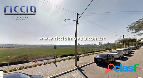 Excelente terreno comercial Av Anchieta