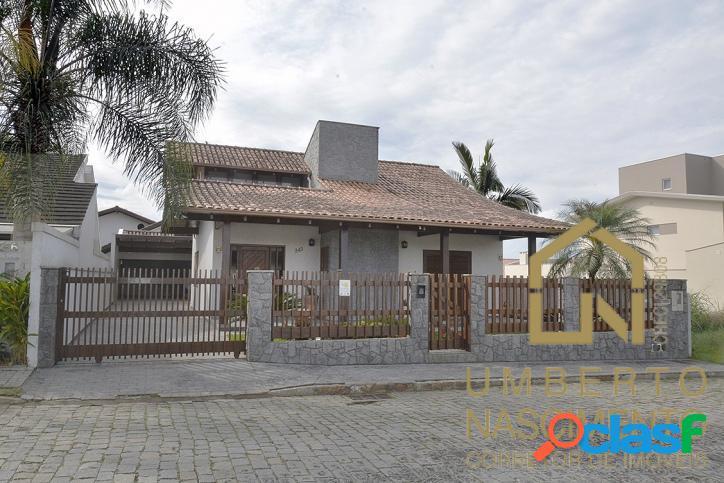 Linda Casa a venda no bairro Itoupava Norte em Blumenau SC