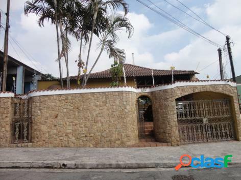 Linda casa Colonial de Alto padrão à venda na Penha São