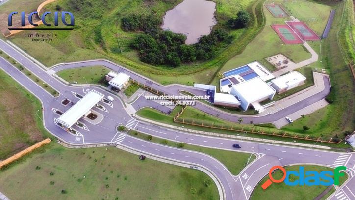 Terreno no Condomínio Alphaville com 550 m²