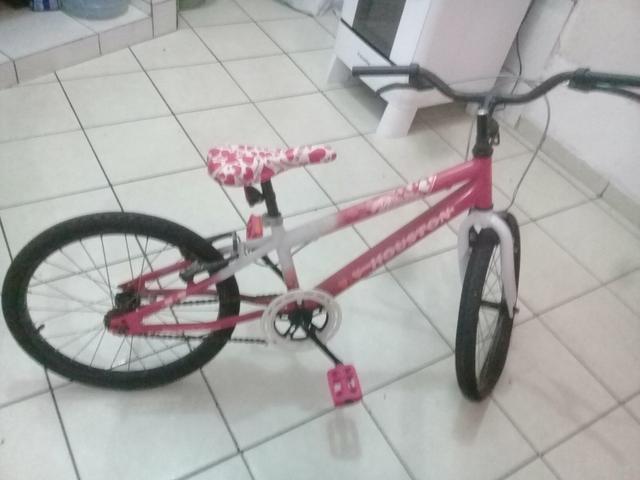 Vendo essa bicicleta infantil.