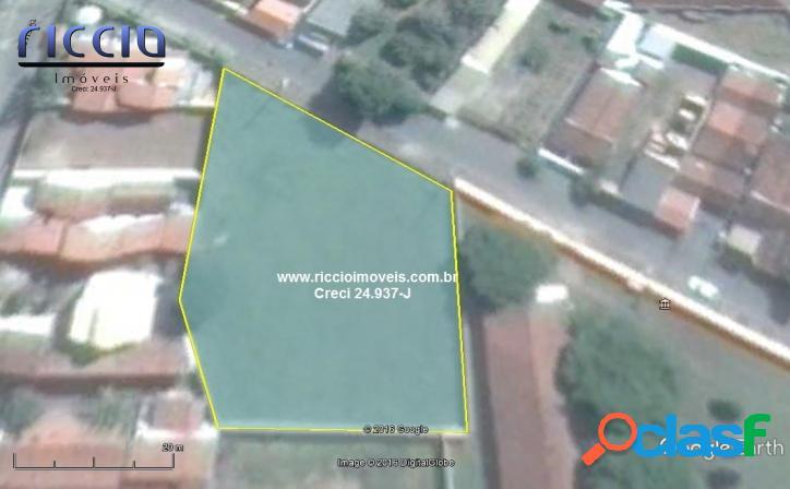 Área 1.891,90 m² Pinda - Estuda Incorporação - 3 min