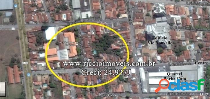 Área 615,70 m² Testada 25,30 m - Estuda Incorporação