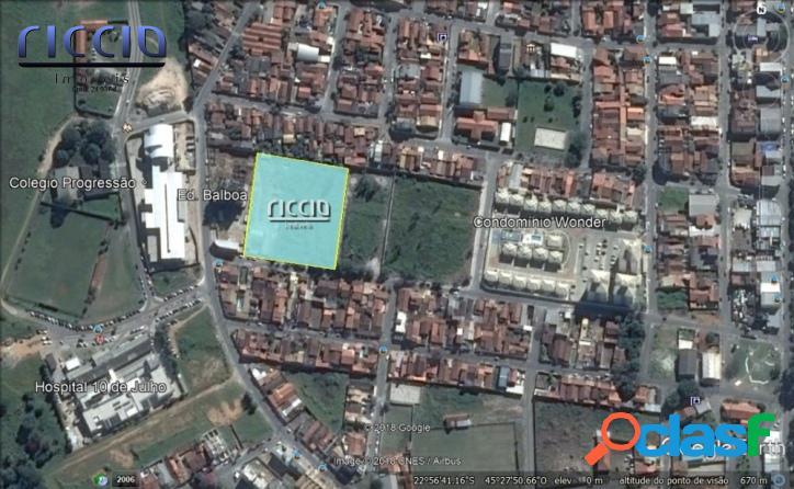 Área 9.000 m² Excelente p/ Prédio - Ac.