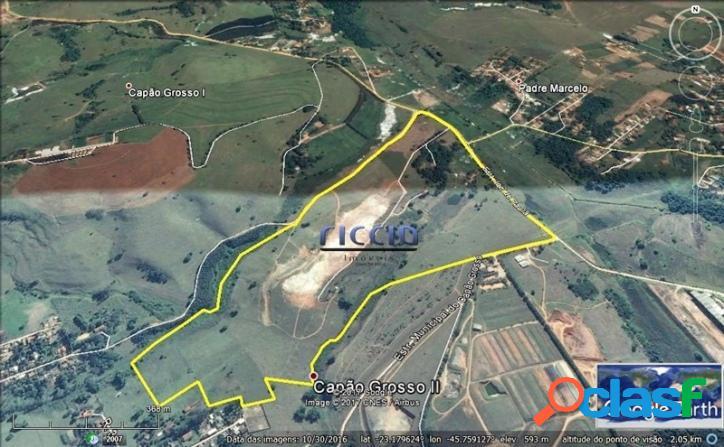 Área Residencial 585.769 m² em SJCampos - R$ 35,00 o m²