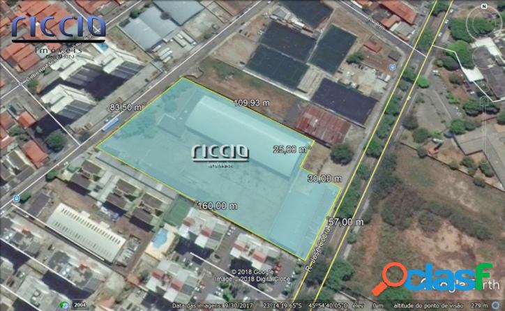 Área de 11.414,40 m² c/ Vocação Comercial ou Edifício