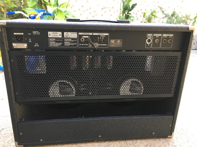 Amplificador Bugera  / Pedalboard HRS