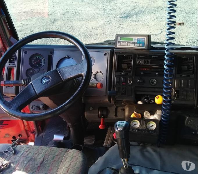 Ford cargo 4331 Cabine leito