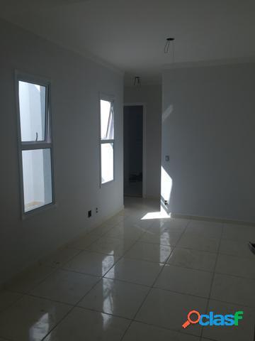 Apto sem condomínio novo na Vila Helena, 2 dorms, 1 vaga.