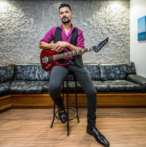 Aulas de violão em casa