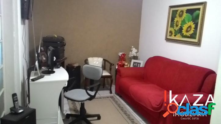 Casa 03 Dorm./01 Suíte - 04 Vgs - Capoeiras