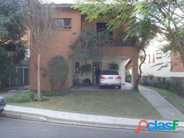 Casa 270 m2, 3 Dorm, 1 suíte, 4 vagas e lazer Horto do Ypê