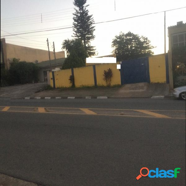Casa em Atibaia c/Ponto Comercial, Alameda Lucas N. Garcez