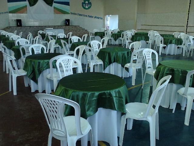 Locação de mesas e cadeiras e tendas pouso alegre