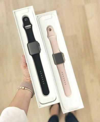 Apple Watch Série 4 Lacrados.