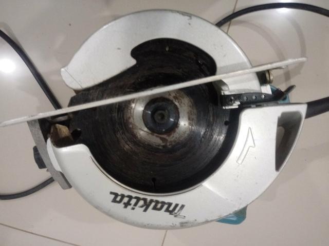 Serra circular Makita  watts 220 volts