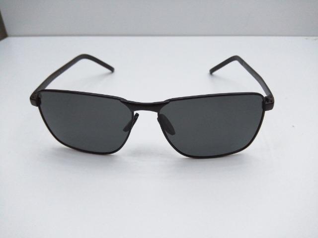 Óculos de Sol com lentes polarizadas e proteção UV400