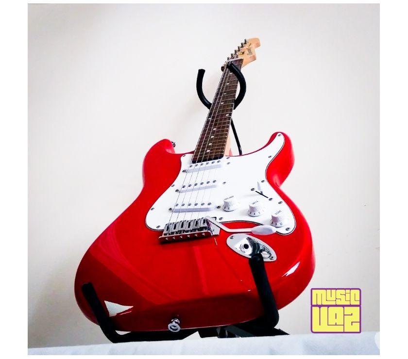Guitarra Stratocaster Cruzer by Crafter Vermelha Excelente