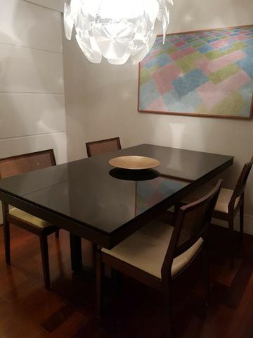 Mesa de jantar em cristal preto + 4 cadeiras