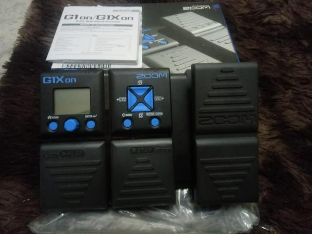 Pedaleira Guitarra Zoom G1xon