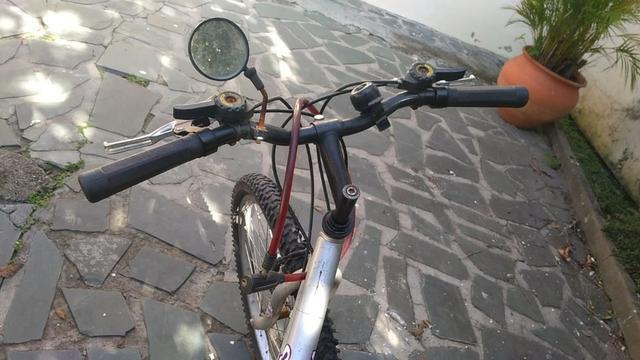 Bicicleta Feminina Sundown Aro 26 com marcha