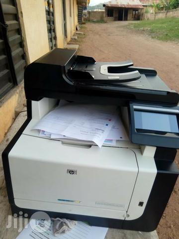 Impressora laser multifuncional CMfn color sen toner
