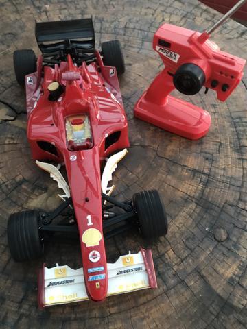Ferrari Controle Remoto Motor a Combustão