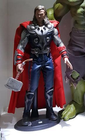 Hot Toys Action Figure Thor Avengers / Vingadores 1/6