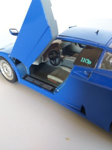 Miniatura Bugatti, réplica 1:18