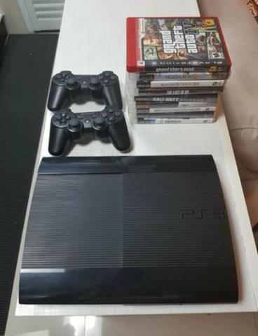 PS3 SUPER SLIM 500GB + 16 Jogos 2 Controles