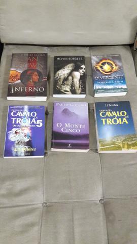 Lote de Livros Ficção