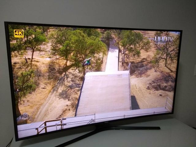 Smart TV Samsung 4K 55 polegadas Tela Curva
