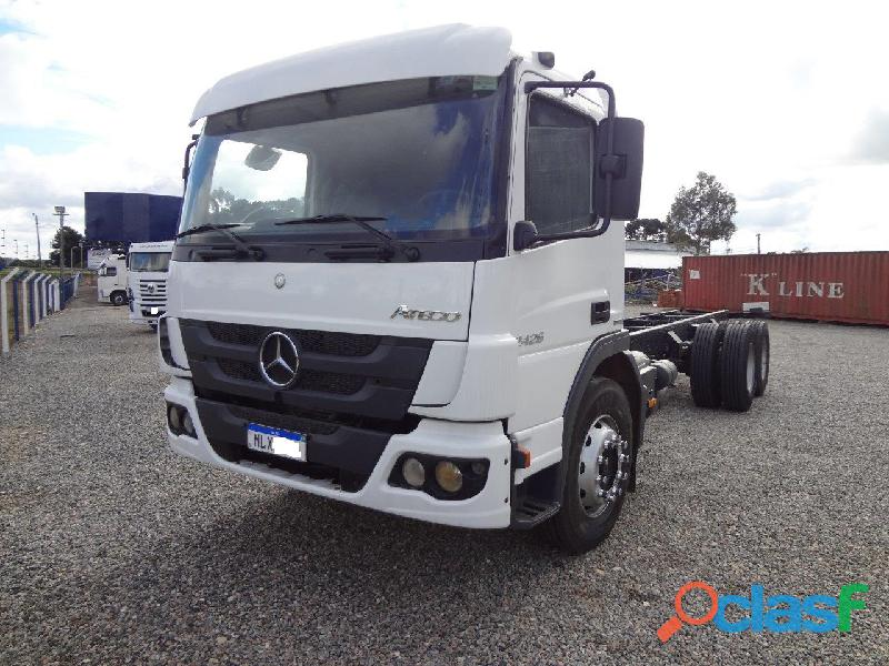 Mercedes Benz MB Atego 2426 2013 Branco 6x2 Chassis