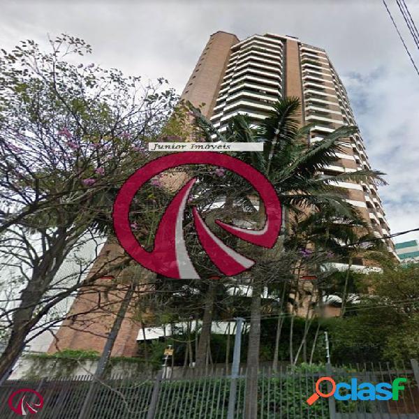 Apartamento 04 dormitórios no Itaim Bibi