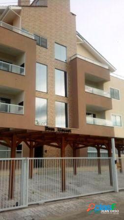 Apartamento de 2 dormitórios com suíte