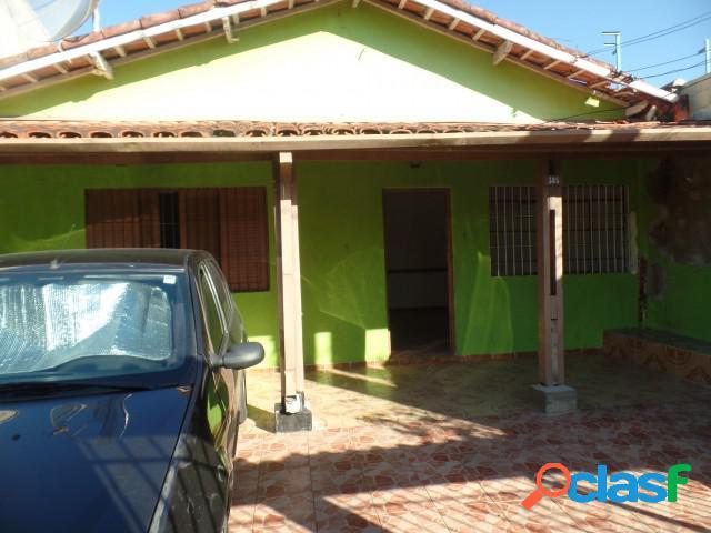 CASA COM EDICULA - Venda - Caraguatatuba - SP - Praia das