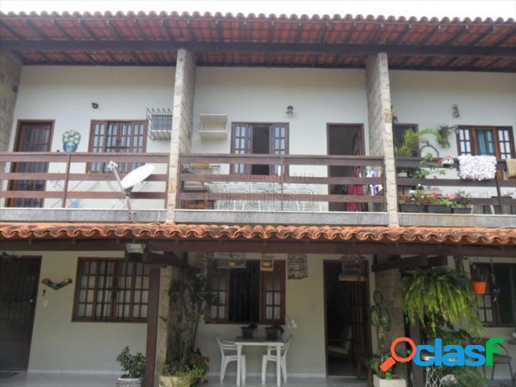 Casa Duplex em Condomínio no Portinho!